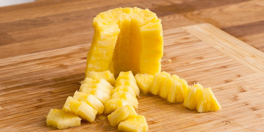 How To Easily Cut A Pineapple